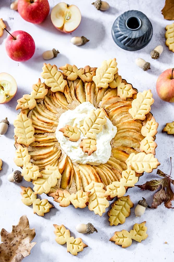 Apfelkuchen mit Mürbteig-Plätzchen