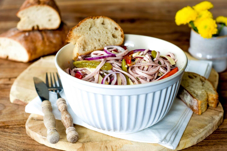 Schweizer Wurstsalat mit Paprika