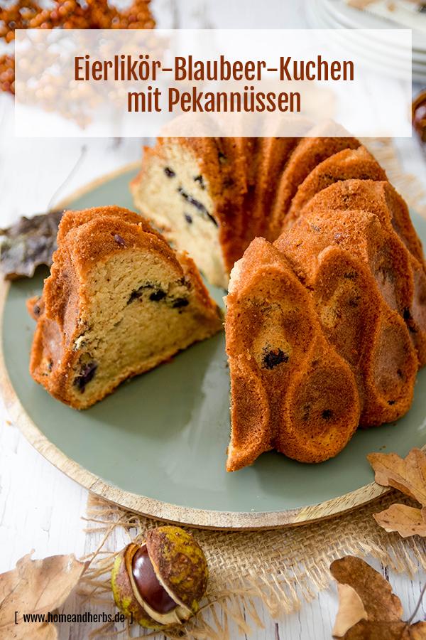 Eierlikoer-Blaubeer-Kuchen mit Pekannüssen