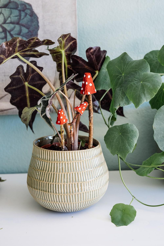 Pilze basteln mit Kindern - DIY Herbstdekoration